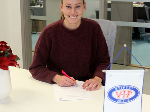 Norwegian International Stine Reinås signs with Vålerenga IF