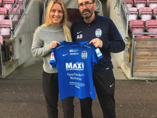 Mimmi Larsson extends her contract with Eskilstuna United